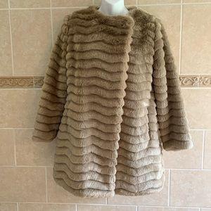 BB Dakota McCoy Faux fur coat Camel color